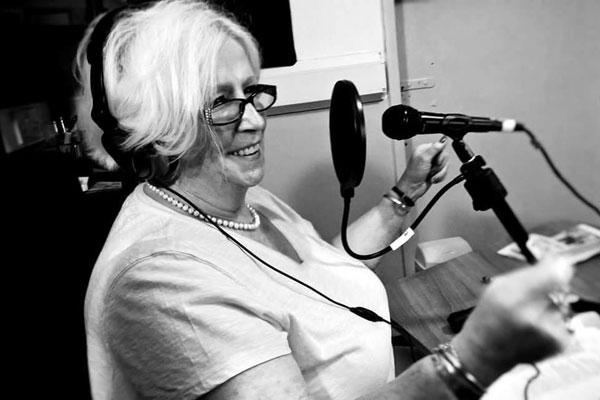 Roxy Ronnie, Deal Radio